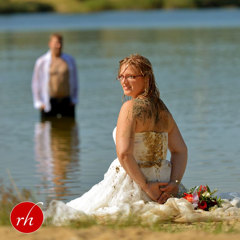 Trash The Dress - im Wasser